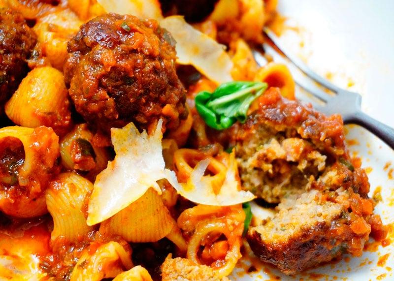 Рецепт пасты пипе ригате с томатным соусом фото
