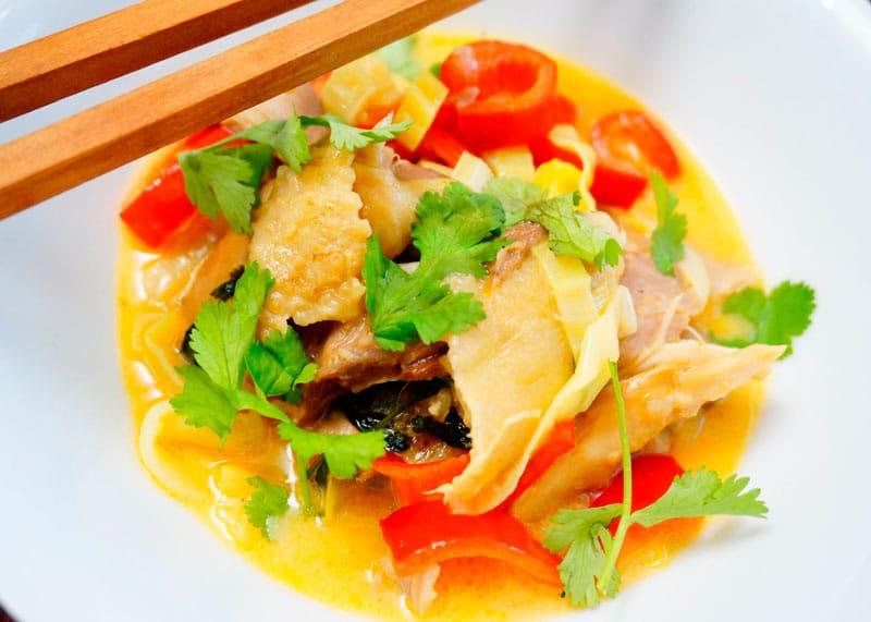 Тайский карри из курицы фото