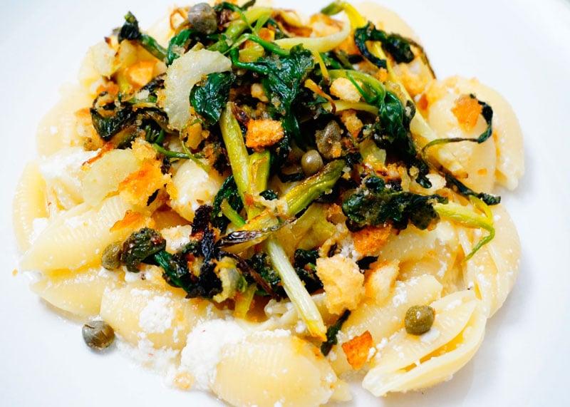 Рецепт пасты конкилье с зеленью фото