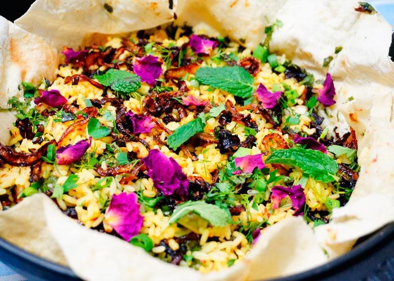 Рецепт риса с зеленью, шафраном и чесноком фото