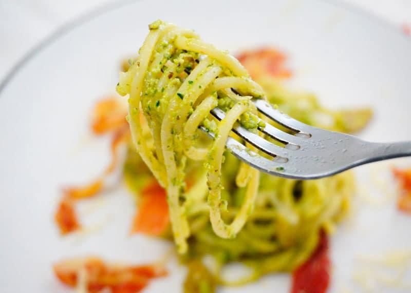 Рецепт спагетти с песто из черемши фото