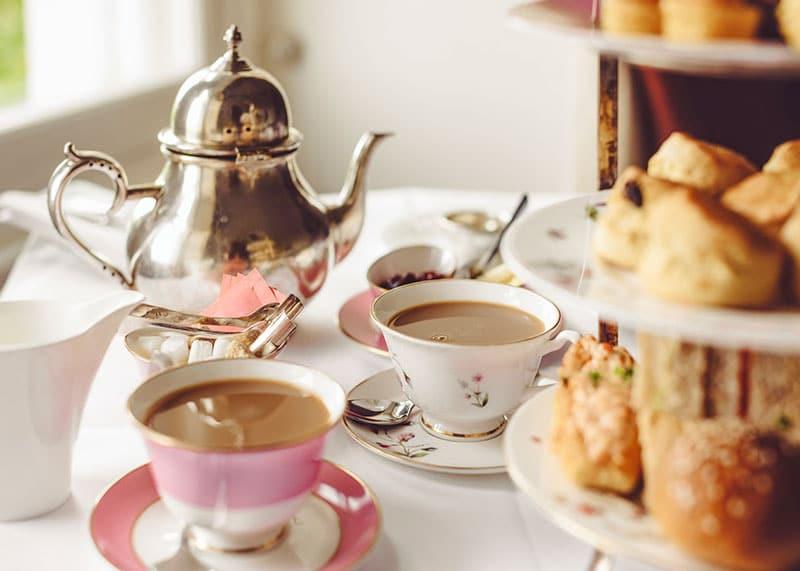 Чай с молоком фото