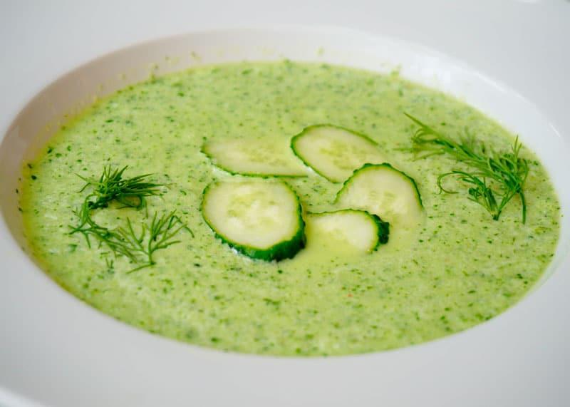 Гаспачо из огурцов и зелени рецепт фото