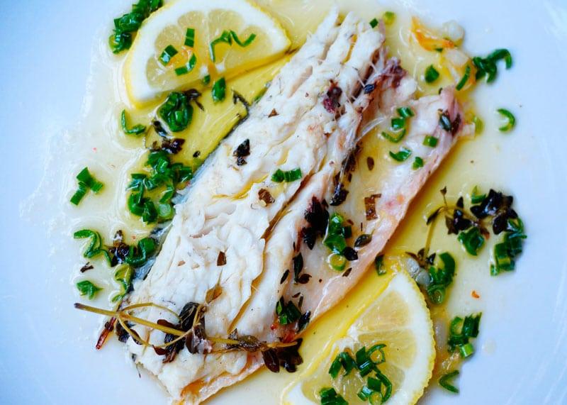 Рецепт сибас под лимонным соусом фото