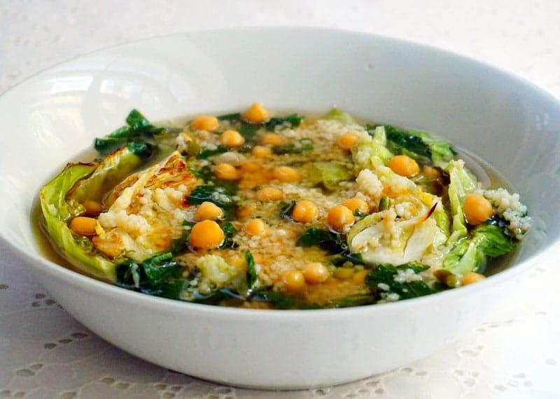 Суп с нутом и зеленью фото