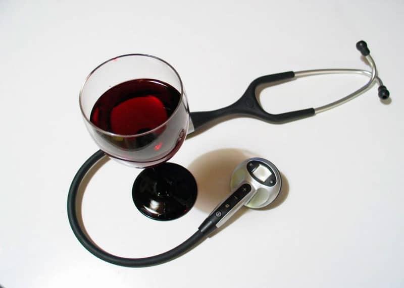Здоровье и вино фото