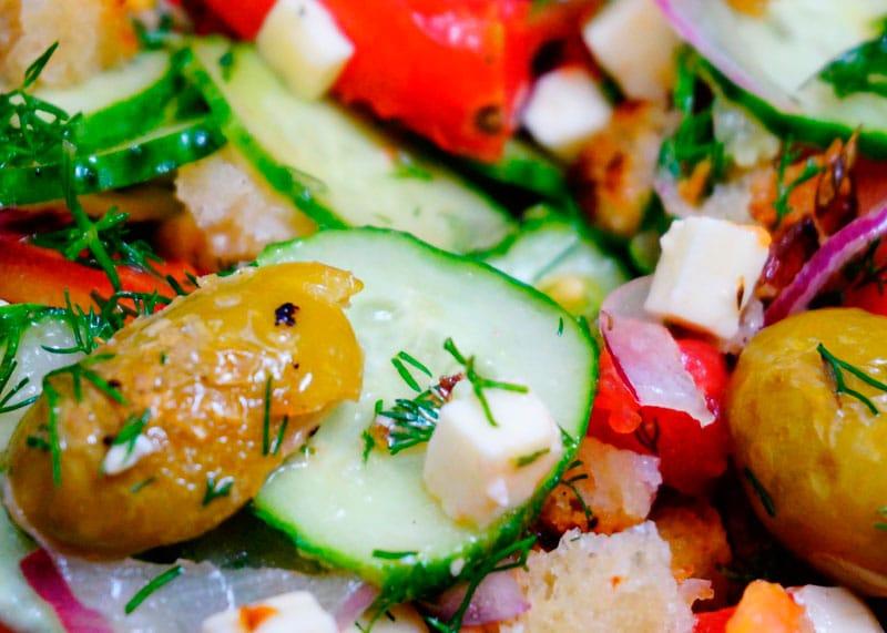 Греческий салат по новому фото