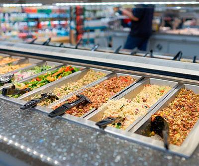 Нарезанные овощи супермаркет фото