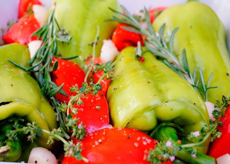 Перцы, фаршированные зеленью рецепт фото
