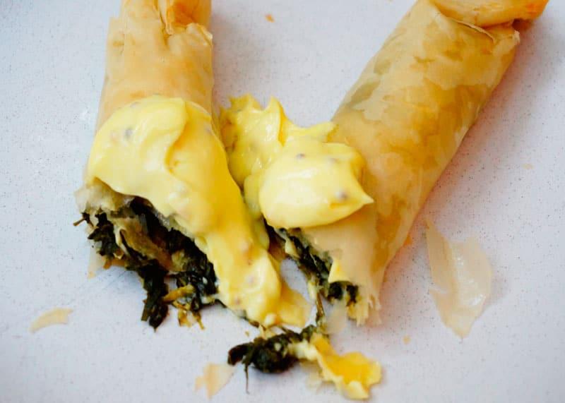 Рецепт Пирожки с зеленью и сыром фото
