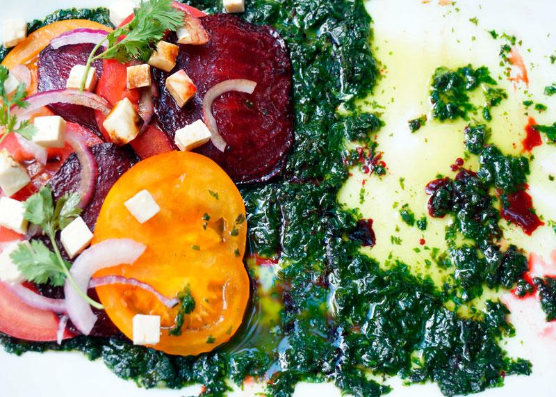 Салат из печеной свеклы рецепт фото