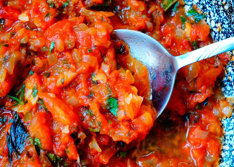 Томатный соус по-сицилийски фото