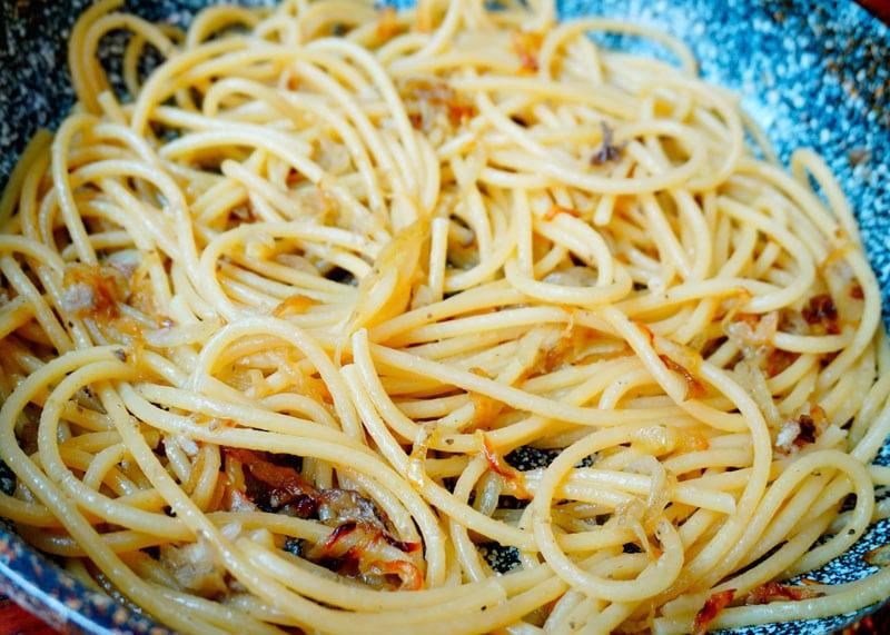 Спагетти биголи ин сальса фото
