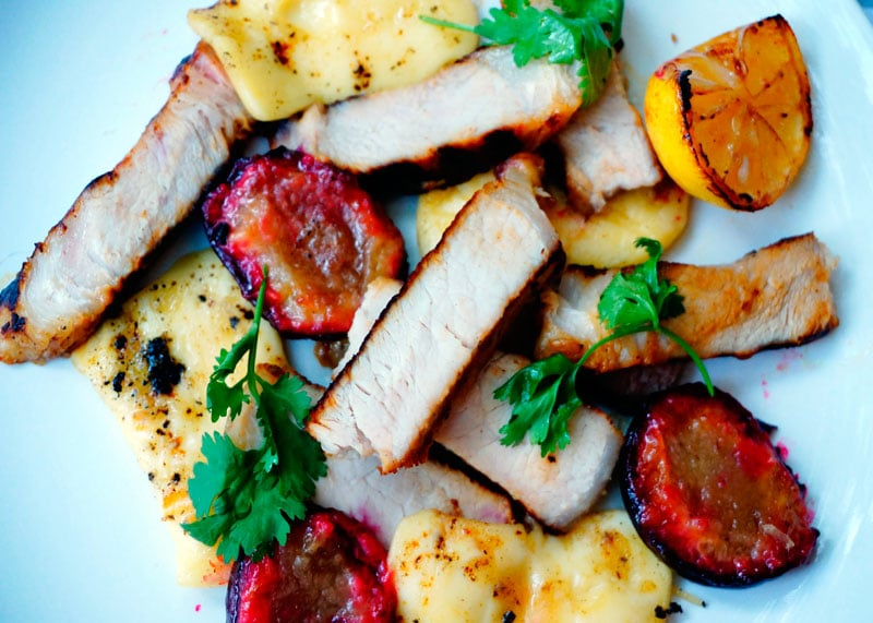 Свинина с жареным сулугуни приготовление фото