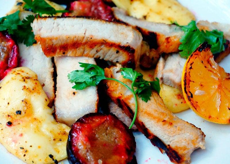 Свинина с жареным сулугуни рецепт фото