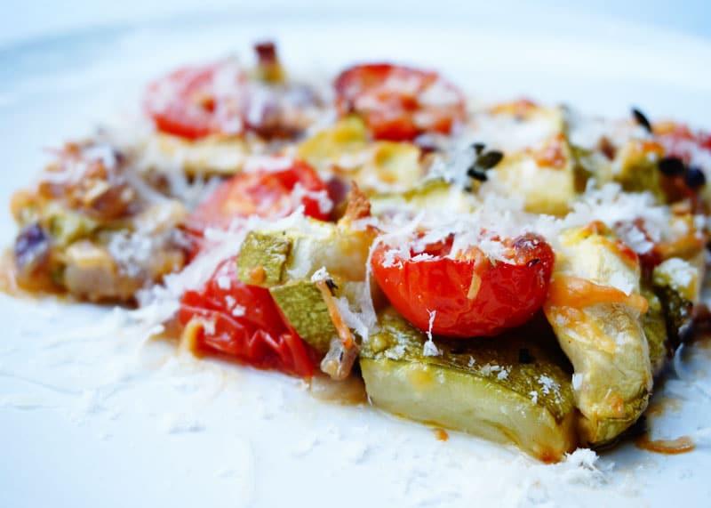 Цуккини запеченные с помидорами фото