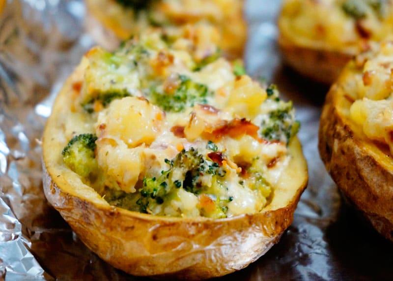Картофель с начинкой из брокколи приготовление фото