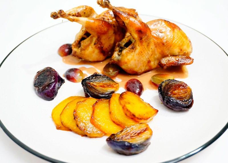 Рецепт перепелка с виноградным соусом фото