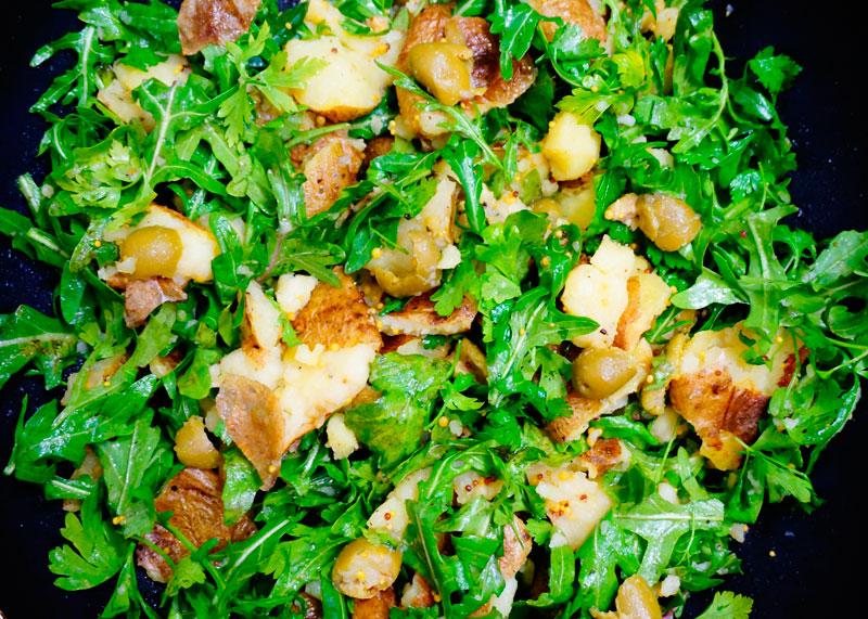 Картофельный салат по-гречески с рукколой приготовление фото