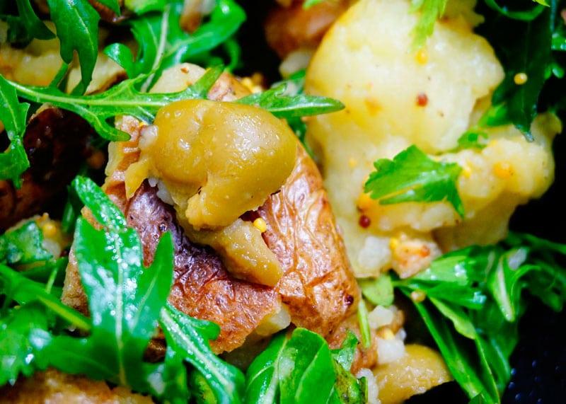 Картофельный салат по-гречески с рукколой рецепт фото