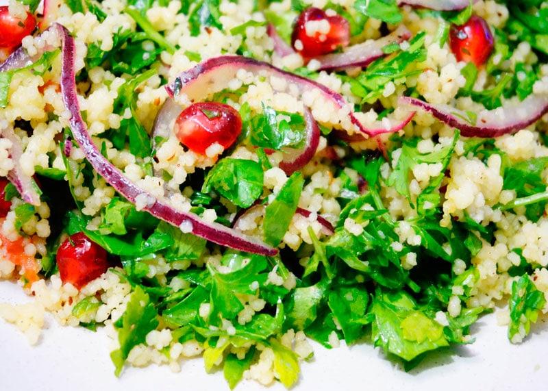 Салат из зелени и кус-куса рецепт фото
