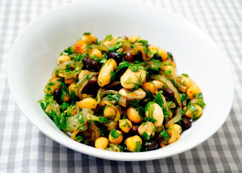Закуска из маринованных бобов рецепт фото