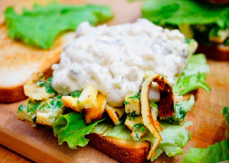 Сэндвичи с яичным салатом приготовление фото