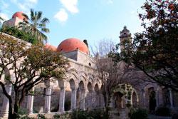 Церковь Святого Иоанна фото