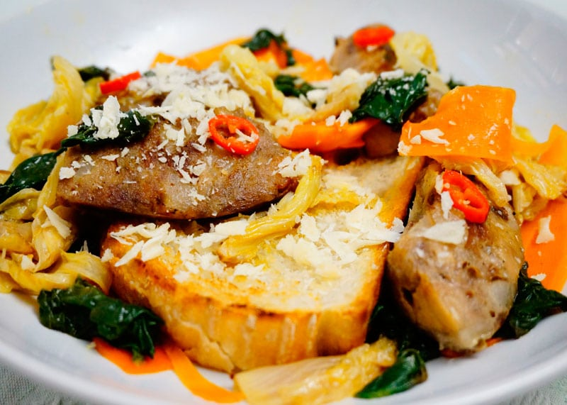 Закуска из колбасок и пекинской капусты приготовление фото