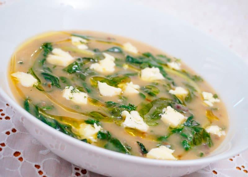 Икарийский суп с кукурузной мукой рецепт фото