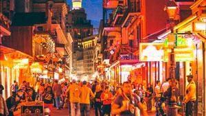 Улица бурбон ночью фото