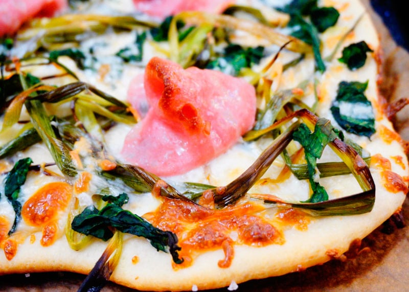 Пицца с мортаделлой фото