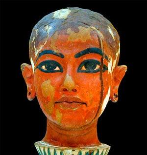 Статуя Тутанхамон фото