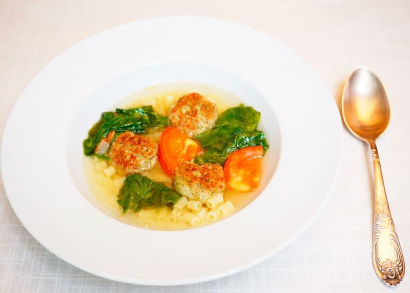 Итальянский суп с полпетте фото