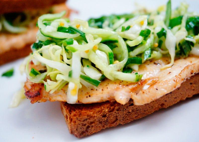 Сэндвич с куриной отбивной рецепт фото