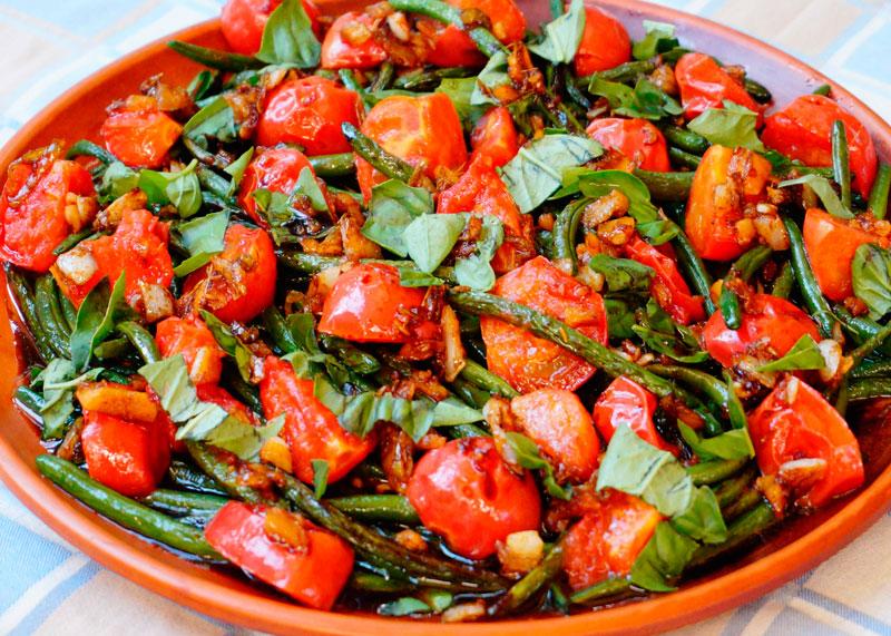 Салат из фасоли и помидоров рецепт фото
