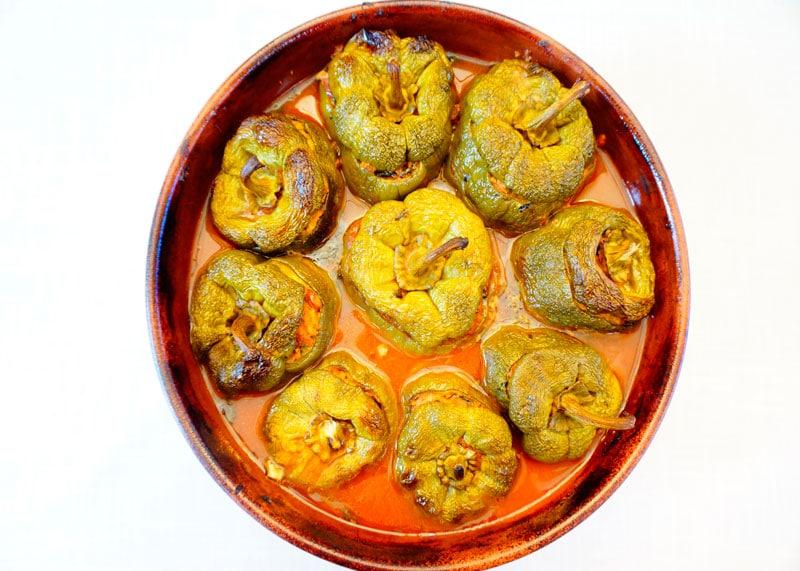 Сладкие перцы, фаршированные курицей рецепт фото