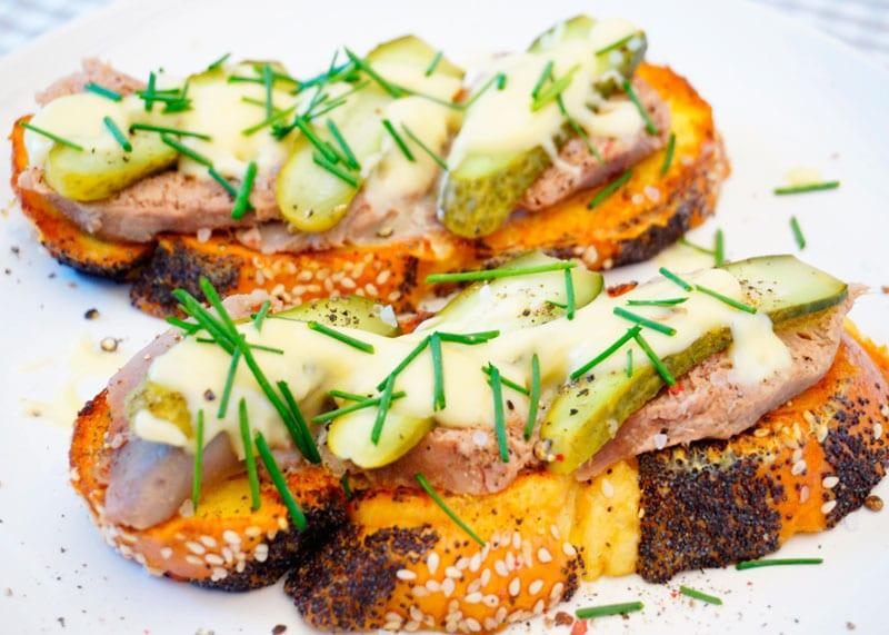 Французские тосты с отварным языком рецепт фото