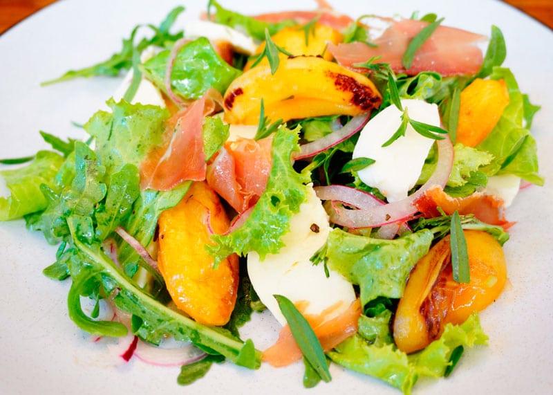Итальянский салат из абрикосов рецепт приготовления фото
