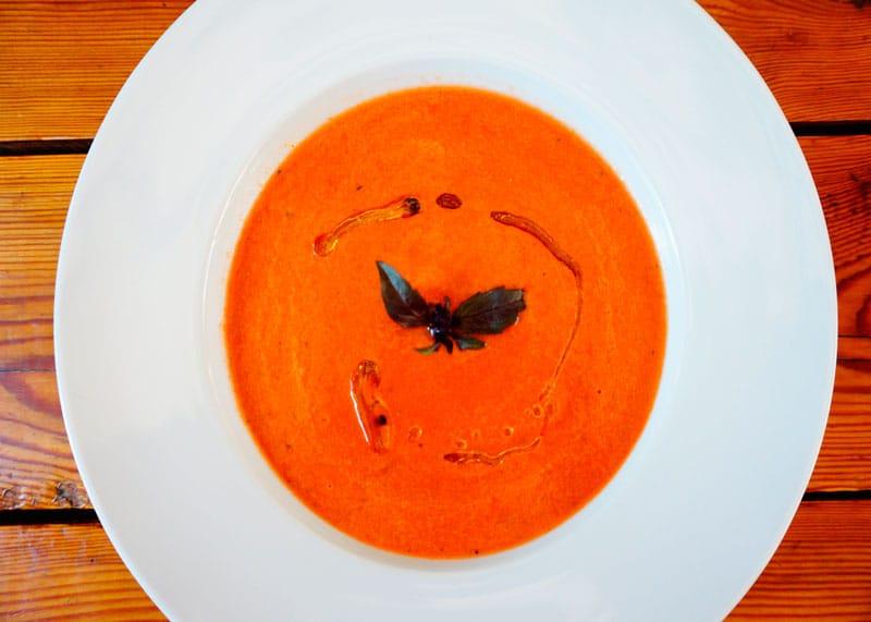 Гаспачо из арбуза и помидоров фото