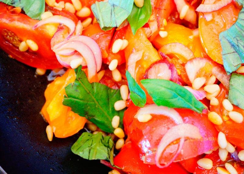 Салат из помидоров и дошаба рецепт фото