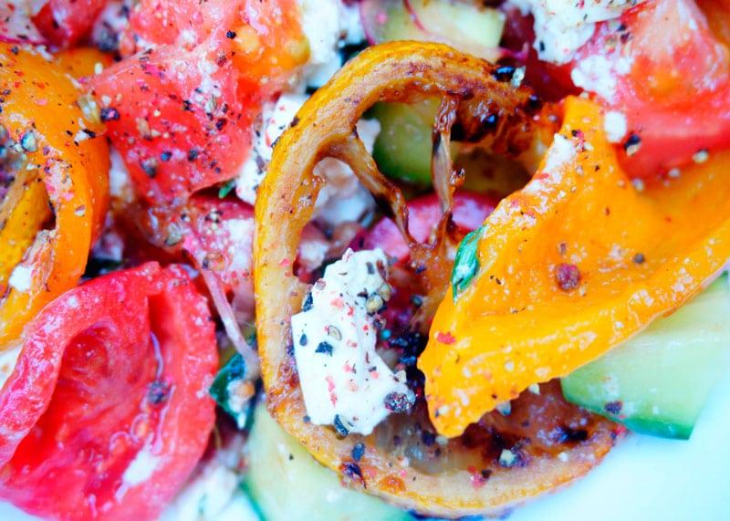 Греческий салат со сладким перцем рецепт фото
