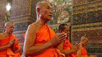 Монахи Индия фото