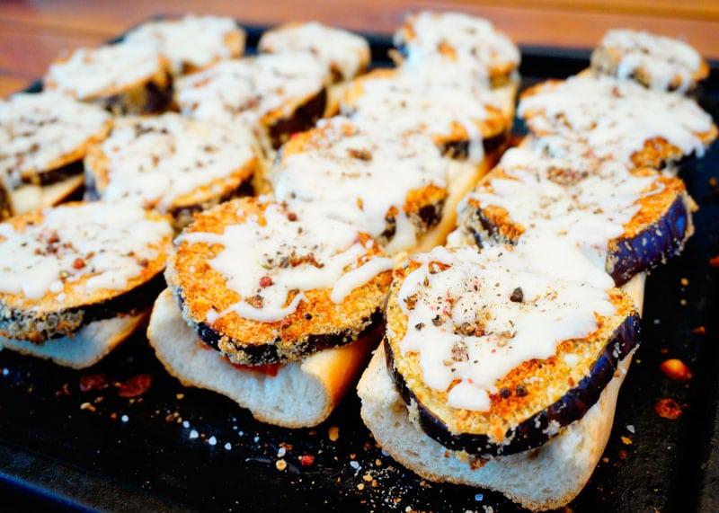Открытый сэндвич с баклажаном рецепт приготовления фото