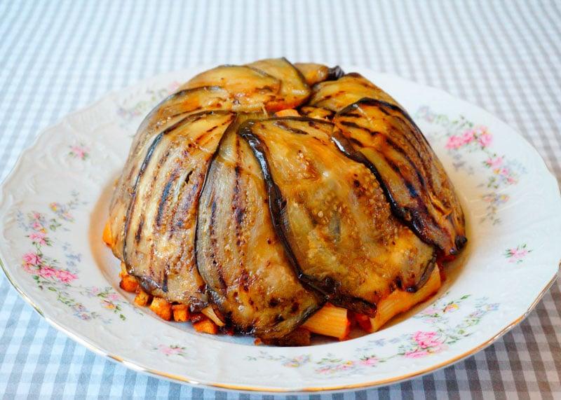 Пирог из баклажанов и пасты рецепт фото