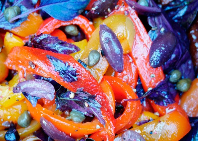 Салат из жареных сладких перцев рецепт фото