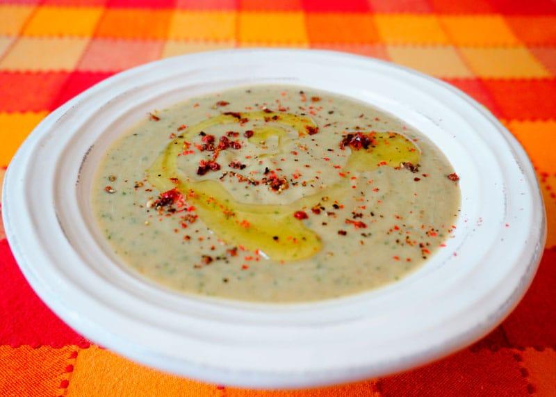 Суп из баклажанов и анчоусов рецепт фото