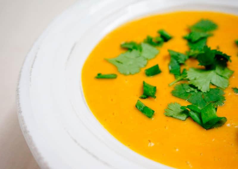 Суп пюре из тыквы и нута фото