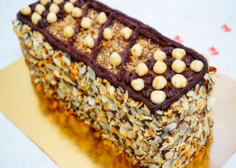 Ле бисквит дакуаз торт фото