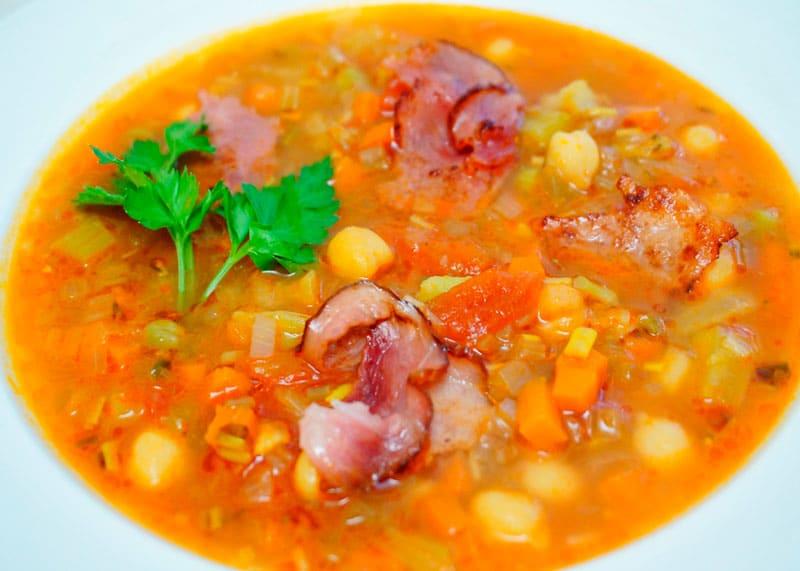 Французский суп с зеленым нутом фото
